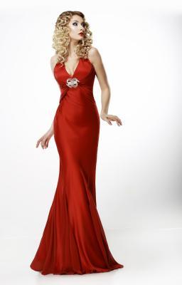 Kobieta w sukni balowej 1